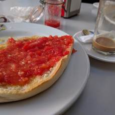 Traditional Spanish breakfast: cafe y pane con tomate. SO GOOD.